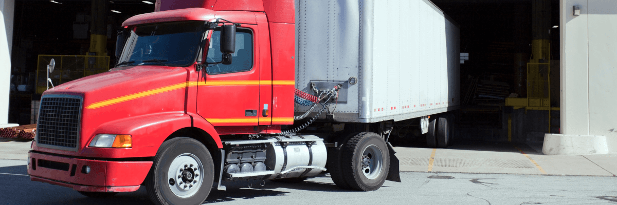 Semi-Truck and Trailer with Kingpin Issue
